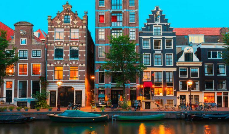 Amsterdam'da Mutlaka Görmeniz Gereken 10 Yer!