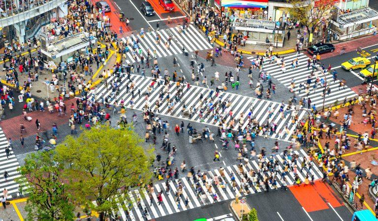 Shibuya Yaya Geçidi Neden Dünyanın En İşlek Yaya Geçitlerinden Biridir?