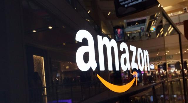Amazon Türkiye Açılışını Erteledi: Sebebi Balyozla Kırılan iPhone'lar!