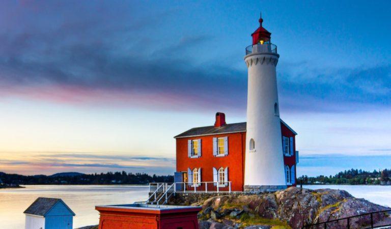Farklı Bir Konaklama Deneyimi: Finlandiya'nın Deniz Feneri Otelleri