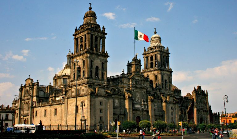 Mexico City Metropolitan Katedrali'nin Tarihi