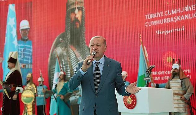 CB Erdoğan Duyurdu: Ahlat'ta 10 Dönümlük Alana 'Cumhurbaşkanlığı Köşkü' Yapılacak