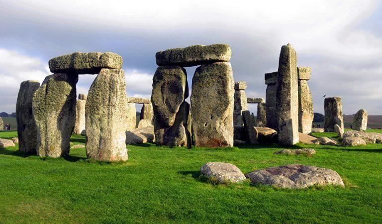 Gizemi 4500 Yıldır Çözülemeyen Stonehenge!