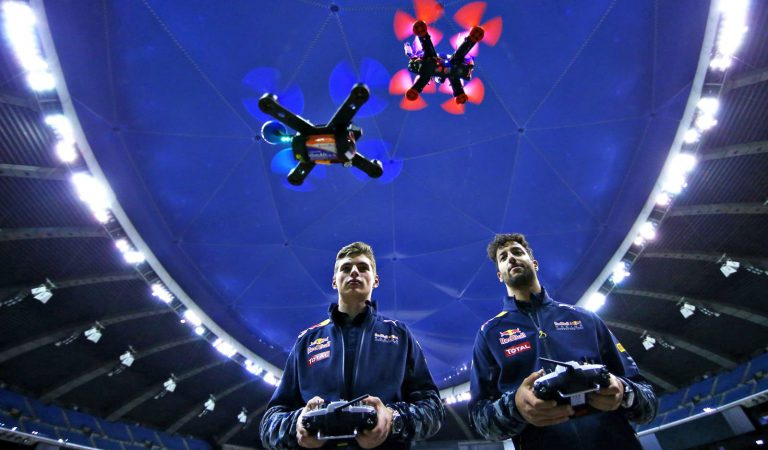 Geleceğin Sporu Dron Yarışları