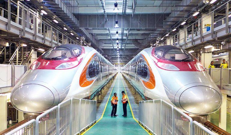 Hong Kong'tan Çin'e Hızlı Seyahat Başladı