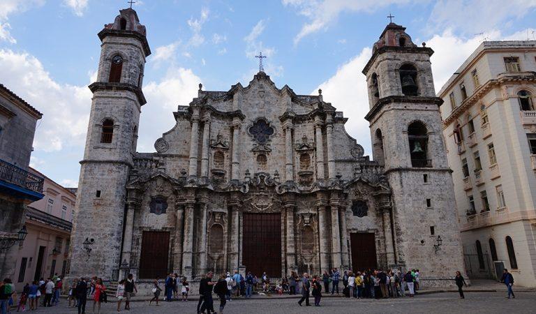 Küba 1959'dan Bu Yana İlk Katolik Kilisesi'ni Açtı