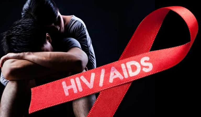HIV ve AIDS Hakkında Bilmeniz Gereken Her Şey